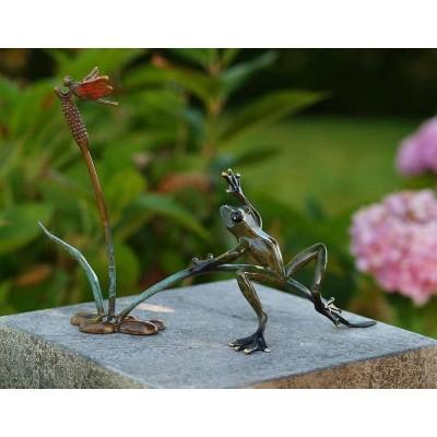 Decoratiune gradina bronz broscuta cu libelula