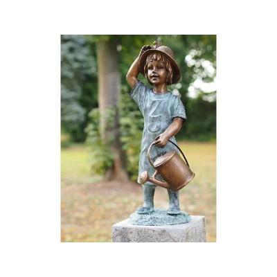 Decoratiune gradina bronz fantana fetita cu stropitoare