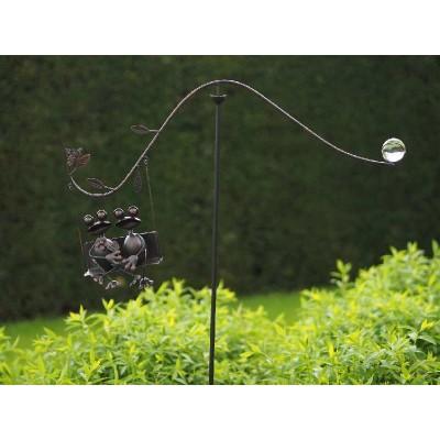 Decoratiune gradina metal balansoar vant doua broscute